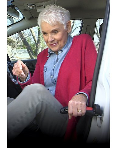 car door handle lady using it